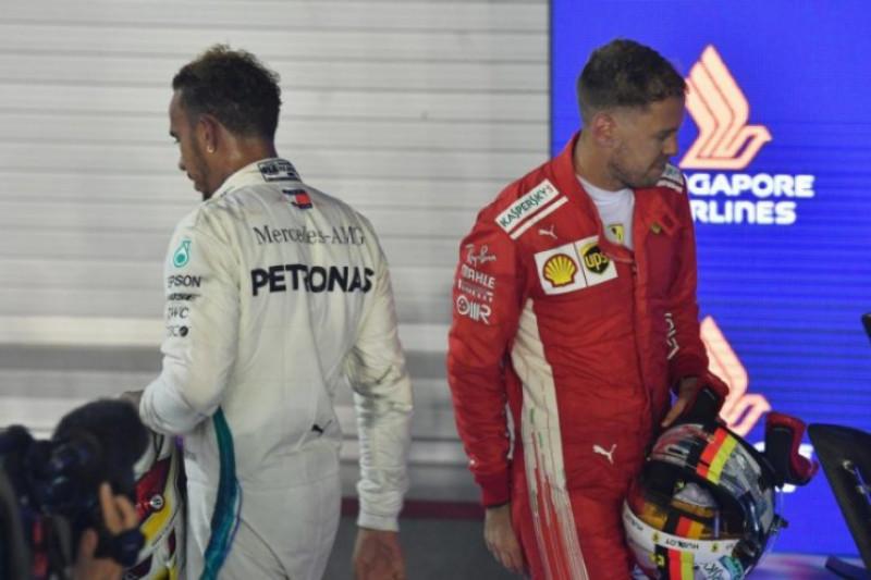 Vettel kena sanksi, peluang Hamilton rebut gelar juara makin besar