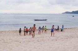 Indahnya Pantai Kuta Pulau Lombok (2/Habis)