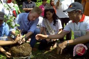 Tokobagus.com  Penghijauan Bersama Miss Indonesia