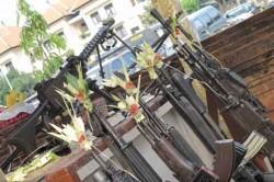 Ribuan Senjata Diikutkan Ritual Tumpak Landep