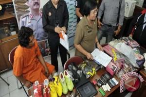 Polisi Ringkus Pelaku Keprok Kaca Mobil