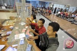 Penarikan Uang Perbankan Melonjak Jelang Nyepi