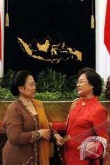 Gelar Pahlawan Soekarno-Hatta Terlambat
