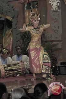 "ISI Denpasar Pengabdian ""Ritual Ngayah"""