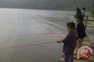 Hujan Lebat, Wisatawan ke Bedugul Ramai