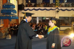 Universitas Udayana Lepas 471 Wisudawan