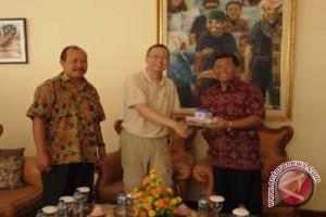 ISI Denpasar-University Arts China Bertukar Dosen