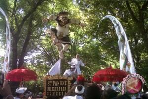 Parade Ogoh-ogoh Jadi Daya Tarik