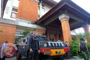 Polisi Jaga Ketat KPU Denpasar