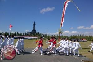 Gubernur Bali Ajak Masyarakat Bersatu Isi Kemerdekaan