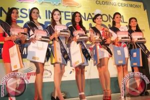 Alasan Mereka Jadi SPG IIMS 2013