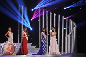 "Vania Larissa Gagal Tembus Lima Besar ""Miss World"""