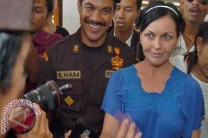 Corby Mangkir Laporan Rutin Kejari Denpasar