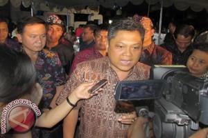 "Wali Kota Denpasar Sabet Penghargaan ""Mark Plus"""
