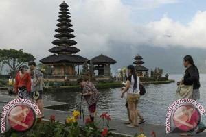 Dispar Bali Harapkan Pura Punya Aturan Wisatawan
