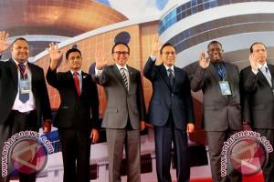 """WCRC Lahirkan """"Manado Komunike"""" Enam Negara"""