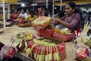 Umat Hindu Rayakan Hari Suci Kuningan
