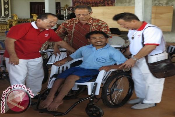 K3S Denpasar serahkan bantuan penyandang cacat
