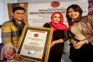 Lusiana Raih Penghargaan MPRI