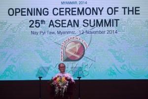 Presiden Myanmar Buka KTT ke-25 ASEAN