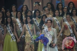 Anindya Kusuma Putri Juara Puteri Indonesia 2015