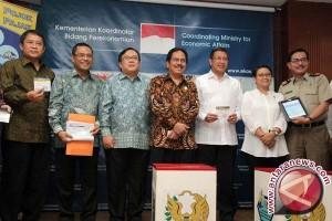 Para Menteri Serahkan SPT Pajak Tahun 2014