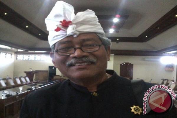 MUDP Bali: Jangan gunakan simbol adat untuk politik