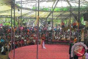 Sanggar Dwi Mekar Singaraja Pukau Penonton PKB