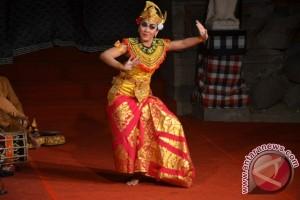 Gita Lestari Pukau Penonton Taman Budaya Denpasar