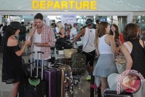 Seluruh Penerbangan Bandara Ngurah Rai Dibatalkan