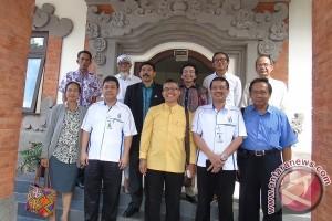 PHDI Apresiasi Stikom Bali Cerdaskan Generasi Muda