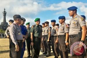 Ribuan Polisi Amankan Jokowi Di Bali
