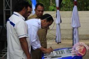 Presiden Jokowi Resmikan PLTS Oelpuah