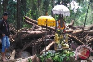 Pelinggih Ganesha Pura Taman Belatung Berdiri Kokoh Pascaterjangan Banjir Bandang