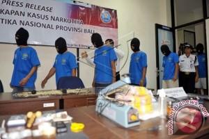 Pengedar Narkoba Ditangkap di Objek Wisata Buleleng (Video)