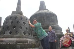 Wagub Bali Kagumi Taman Nusa-Gianyar