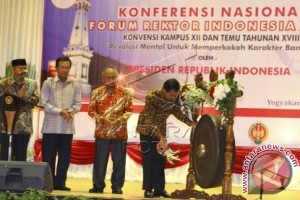 President Opens Conference Of Indonesian Rector Forum