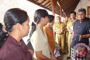 Wabup Sutjidra Jamin Transparansi Rekrutmen Guru Kontrak