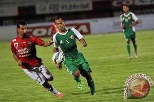 Uji Coba Bali United-PS TNI