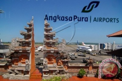 "Bandara Bali Terima ""The Most Improved Airport"""