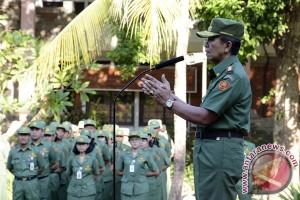 Gubernur Pastika Keluarkan Surat Pernyataan Darurat Penanganan Pengungsi