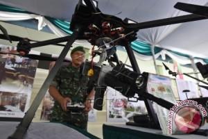 Pameran Alutsista Topografi TNI AD