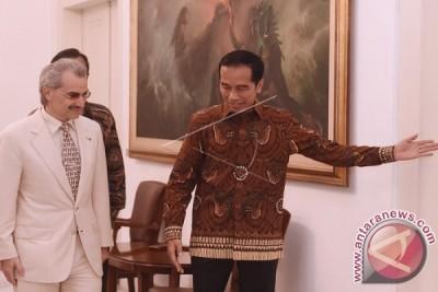 Presiden Jokowi Terima Kunjungan Kehormatan Pangeran Arab