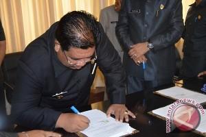 Pemkab-KPU Buleleng Tandatangani NPHD Pilkada 2017