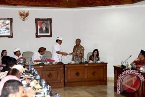 Pemprov Bali Berkomitmen Tingkatkan SDM Hadapi MEA