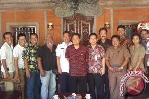 Karya STIKOM Bali, Aplikasi Mobile Phone Untuk Monitor Kemacetan Lalulintas