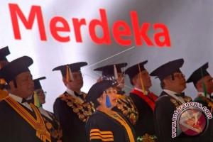 Pajajaran University Awards Honorary Doctorate To Megawati
