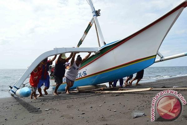 Nelayan Buleleng Keluhkan Penyaluran Asuransi Belum Merata