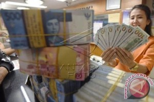 Rupiah Rabu Melemah Jadi Rp13.658 per Dolar