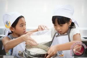BCPS Gelar Pelatihan Anak Sekolah Buat Kue